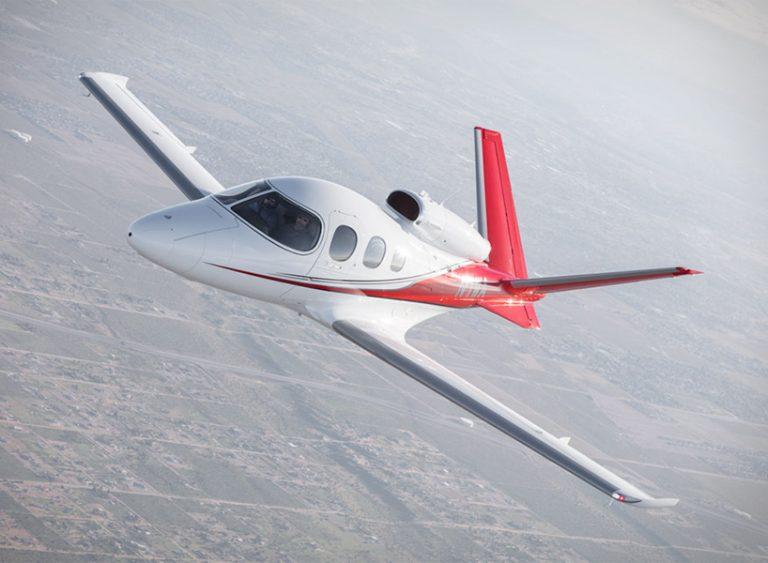 西锐飞机公司推出新款私人飞机visition jet