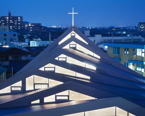 日本铃鹿教堂|向山脉致敬