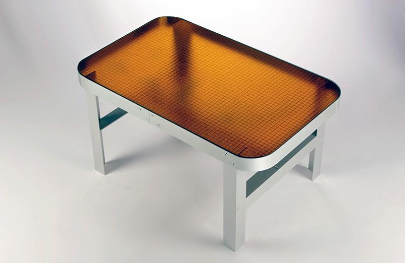 jorge garaje嵌丝玻璃桌 尽显复古之美