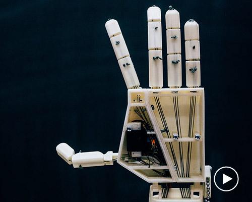 会手语会翻译的3D打印机械手