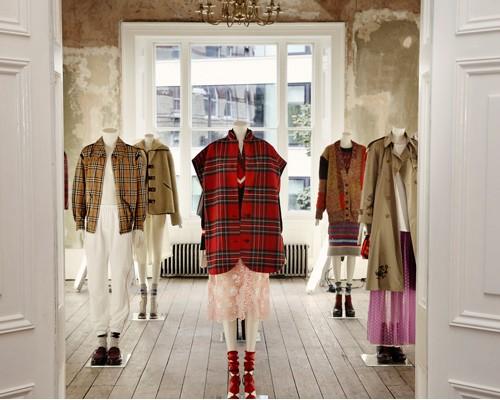 burberry新品时装展 英国社会缩影