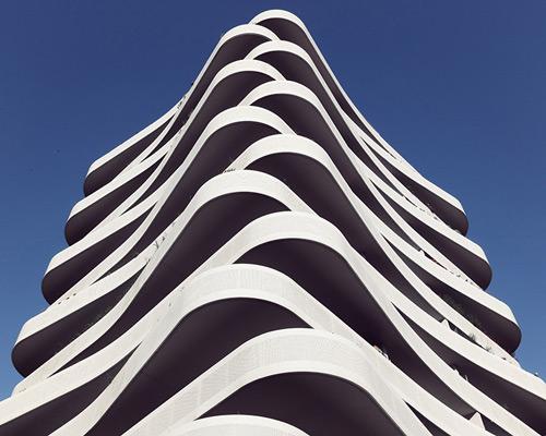 ebastian weiss全新摄影系列 建筑界主人公