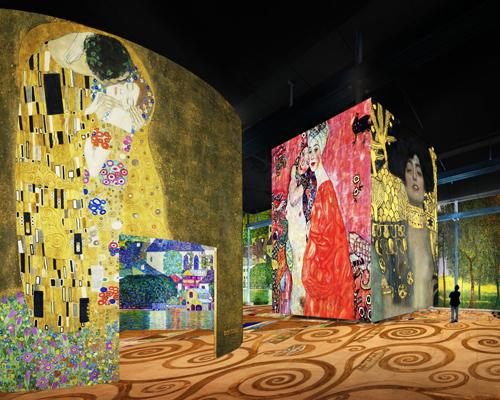 120幅巨型投影打造光之博物馆