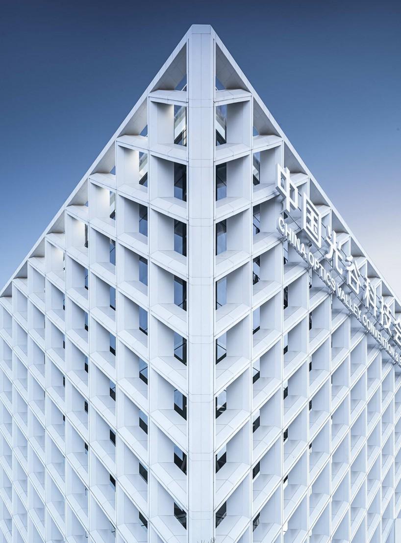 武汉光谷科技会展中心-钢结构