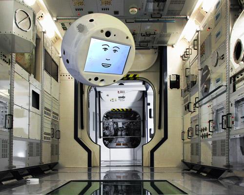 IBM Watson 即将助力 CIMON 和宇航员踏上载人太空飞行之旅