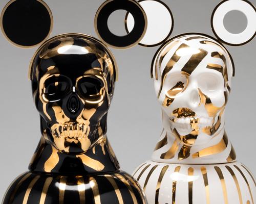 13位艺术家设计的风格各异的骨灰盒