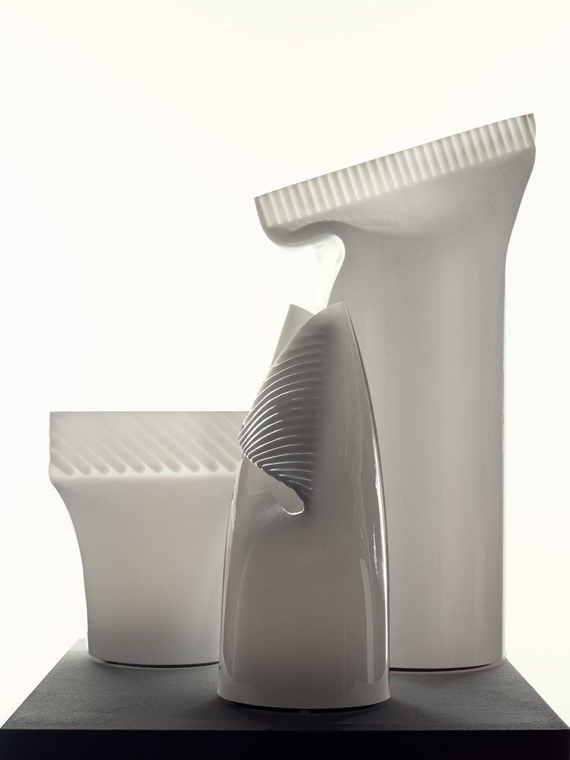 形似牙膏管的亞克力便攜臺燈-產品設計-中國照明網
