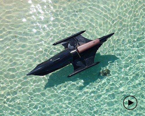 mantra摩托艇 古董汽车与蝙蝠战车的完美组合