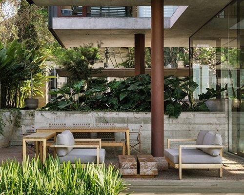被花园围绕的全景住宅villa lobos