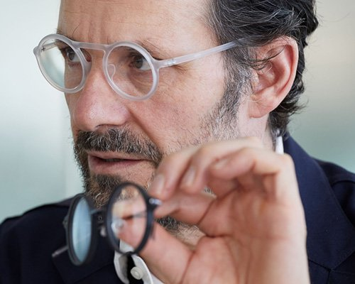 "konstantin grcic携手JINS打造""百变""眼镜"