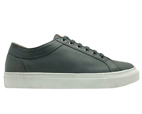 100%橄榄叶人造革制成的超环保皮鞋