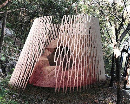 隐藏在森林中的算法凉亭