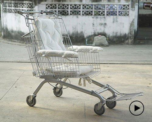 二手购物手推车变身平价DIY轮椅
