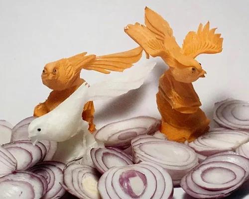 中国蔬菜雕刻亮相巴塞尔艺术节