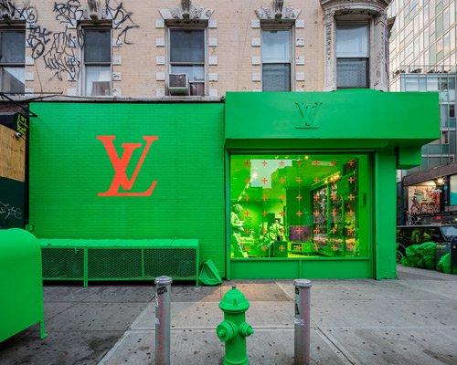 霓虹绿色LV快闪店现身纽约