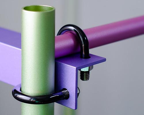 U形螺栓+铝制管材=多彩模块化家具
