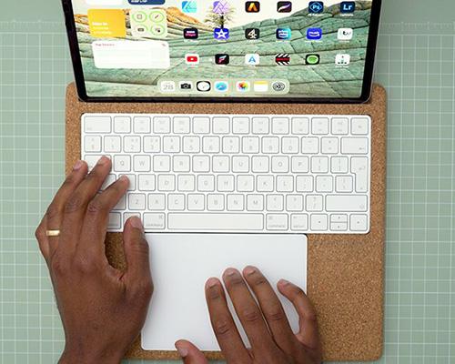 MAJEE软木底座 将iPad变成可移动工作站